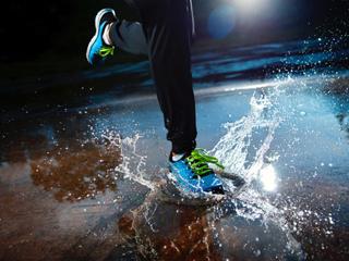 Sports Apparels/Shoes/Gear